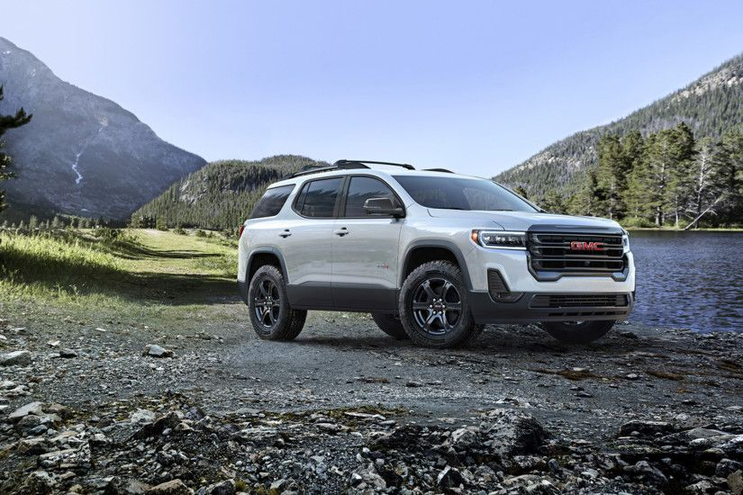 View in gallery 2020 GMC Acadia AT4 Front Three-Quarter Wallpaper (1)