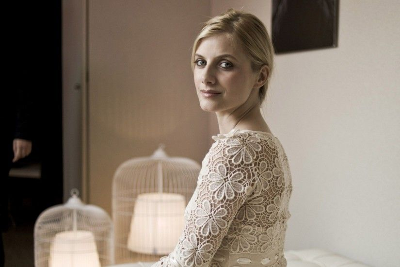 19 HD Melanie Laurent Wallpapers - HDWallSource.com