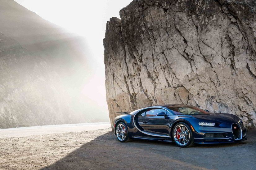 blue and black bugatti chiron wallpaper