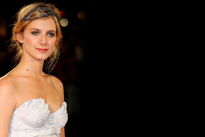 Actress French Melanie Laurent · HD Wallpaper | Background ID:489080