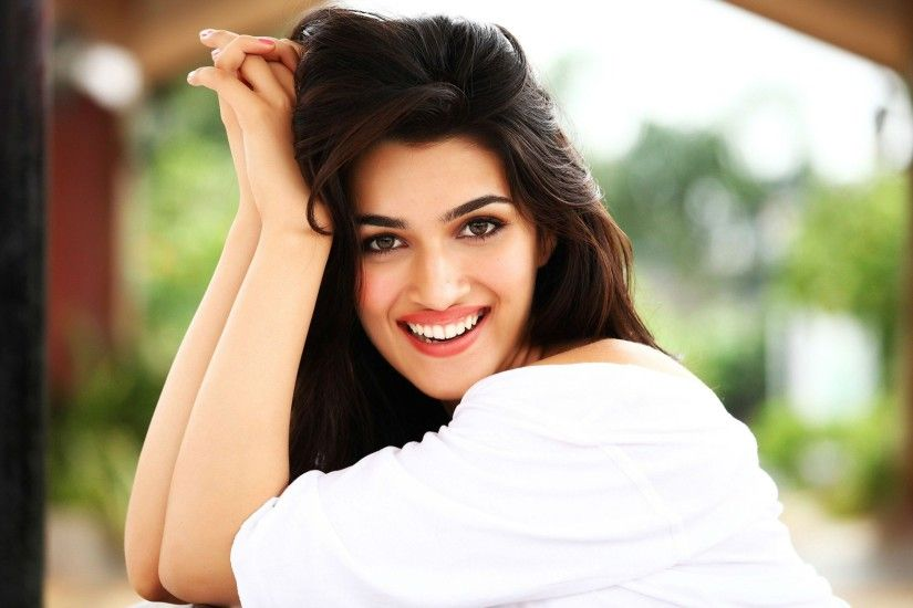 kriti sanon bollywood actress wallpaper