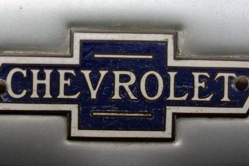 Old Chevy Logo
