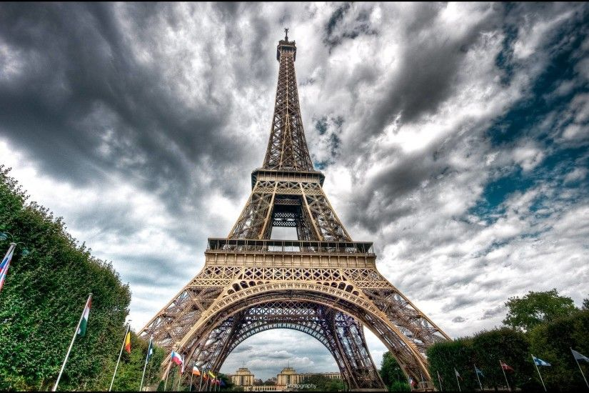 <b>Eiffel Tower</b> Desktop <b>Wallpapers Wallpaper<