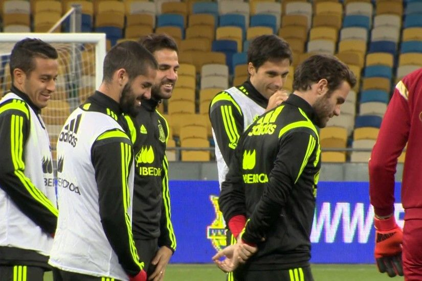 Spain National football team. Practice in Kyiv ahead of UEFA Euro 2016  qualification. Oct 11, 2015 - YouTube