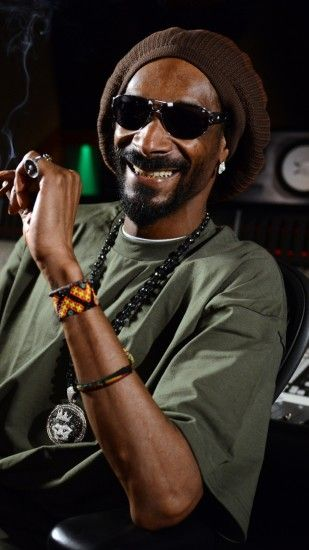 1440x2560 Wallpaper snoop dogg, singer, rapper, studio