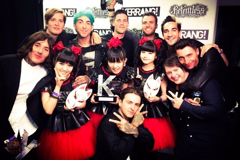"BABYMETAL on Twitter: ""BABYMETAL met @bmthofficial and @AllTimeLow at  Kerrang! @KerrangMagazine Awards 2015! What happens this year, ..."