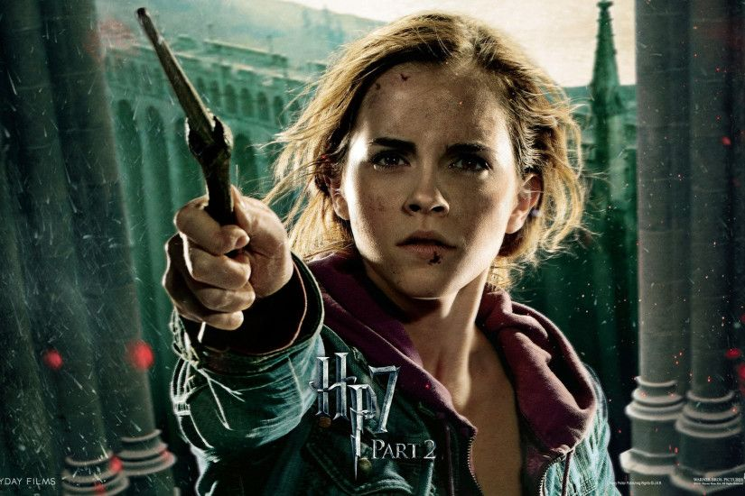 Harry Potter and the Deathly Hallows Wallpaper Emma Watson
