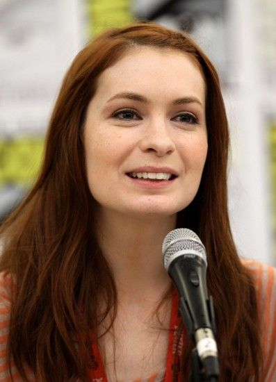 Felicia Day images Felicia Day during Comic Con Q&A Session HD wallpaper  and background photos