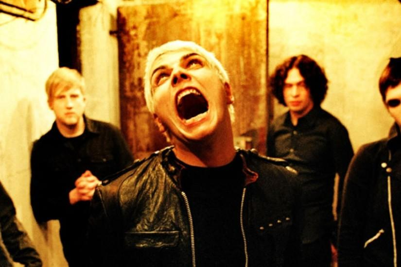 3840x1200 Wallpaper my chemical romance, scream, basement, light, band