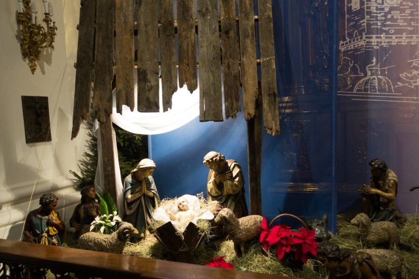 The 2nd nativity scene wallpaper is featured in 4K, HD and wide sizes