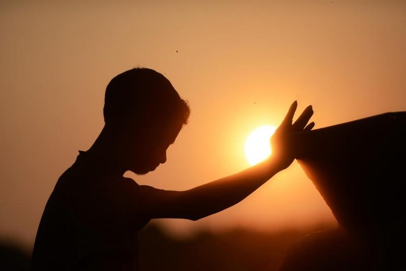 Wallpaper: Kids Prayer Sunset HD Wallpaper. Upload at October 16, 2014 .