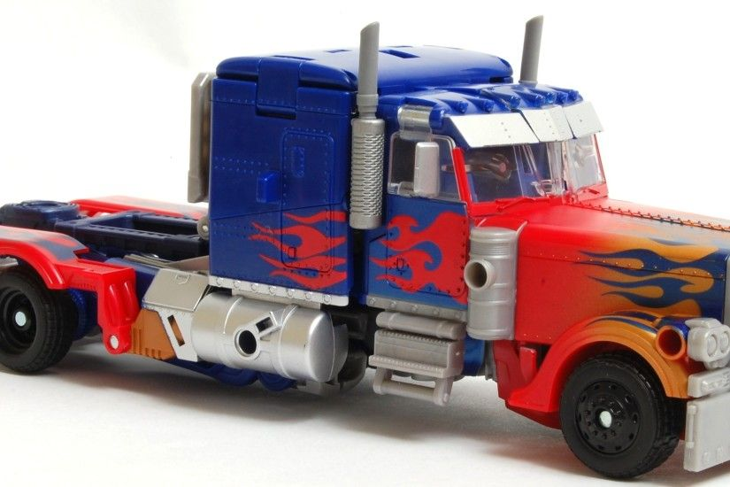 cybertron optimus prime vehicle truck hd