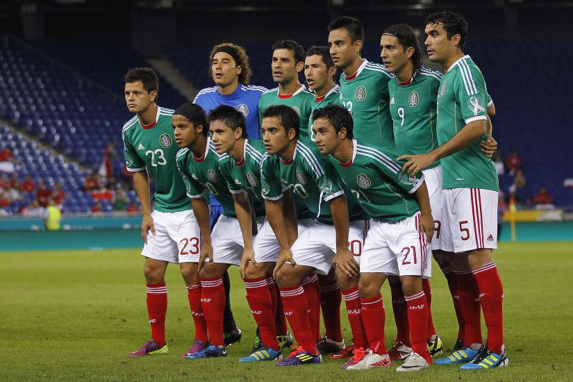 Usa V Mexico The Most Political Football Match Of 2016 Bbc
