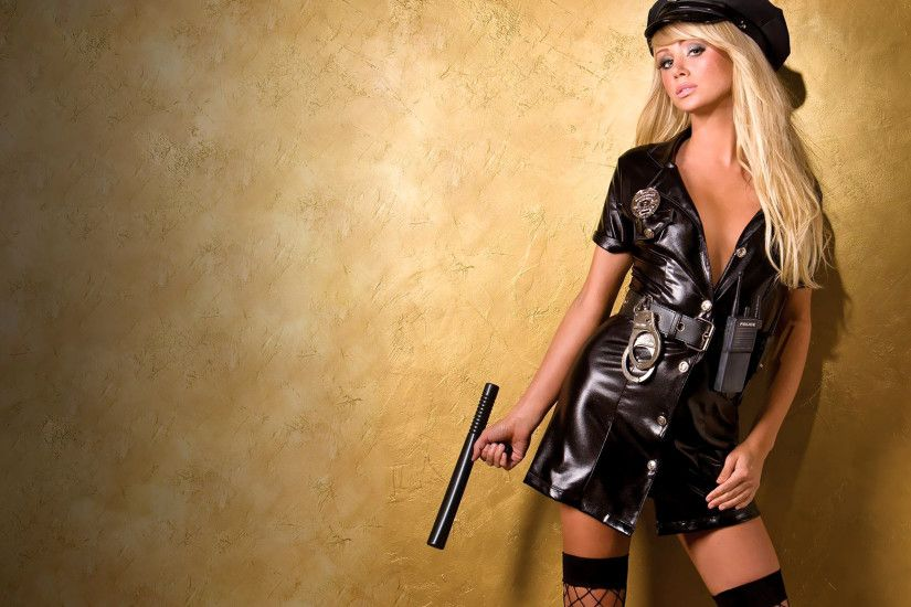 Sara Jean Underwood Sexy Police Girl - wallpaper