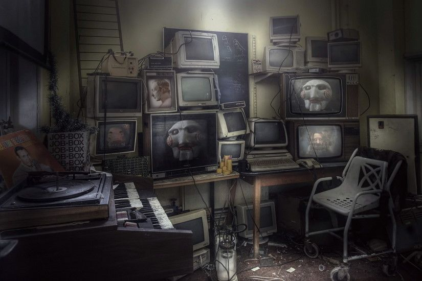 Abandoned old room, computers: