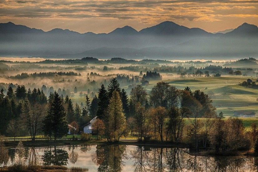 Farms: Gorgeous Rural Scene Bavaria Dawn Wildsteig Bayern Germany .