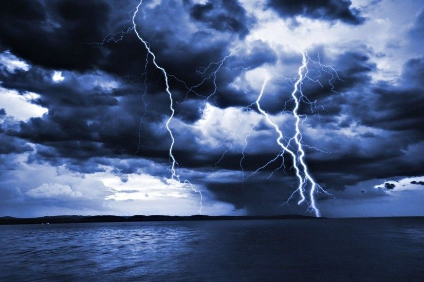 Thunderstorm Clouds Wallpaper - Viewing Gallery