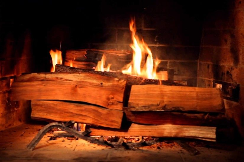 Fireplace for Your Home, Hour-Long Videos of Crackling Fireplaces on Netflix