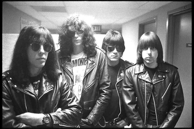 Ramones - I Wanna Live (live 88-06-09 Paradiso - Amsterdam, The Netherlands)