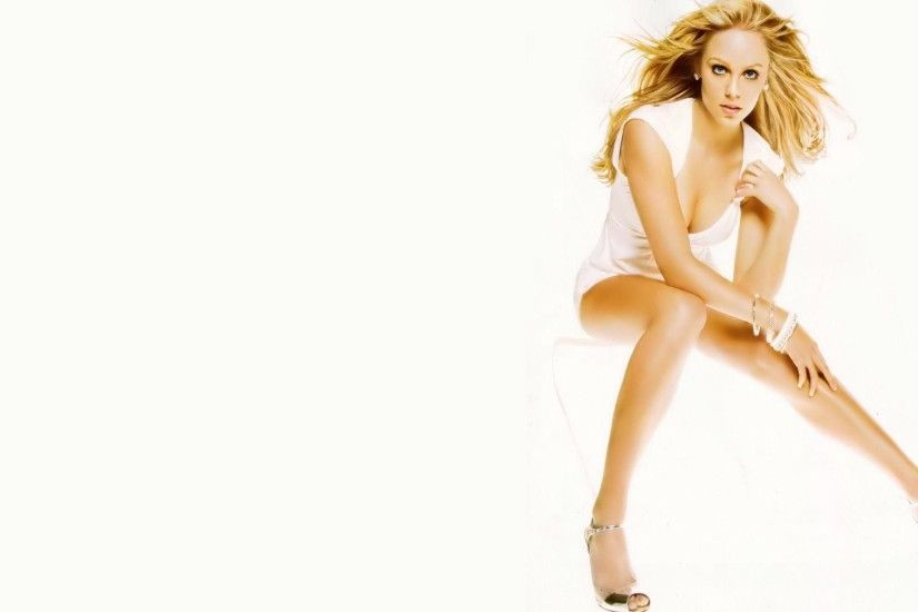Wallpaper download Laura Vandervoort