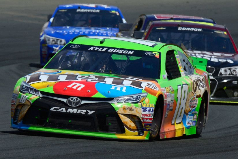 Kyle Busch forced to backup car after slamming Darlington wall | NASCAR |  Sporting News