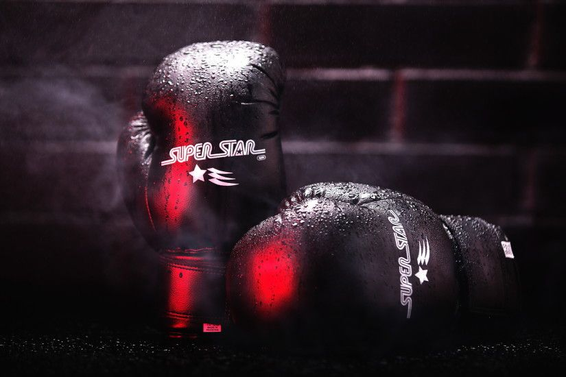 Boxing Gloves Desktop Wallpaper.