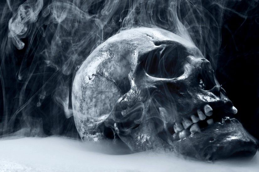 Dark Skull Horror Scary Creepy Spooky Evil Occult Bone Teeth Eyes Steam Mist Cold Frozen Cg