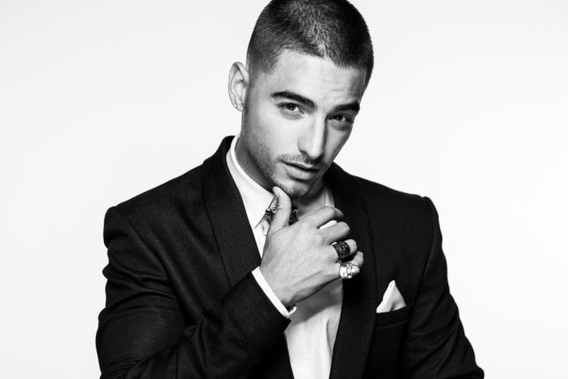 Maluma In Suit Wallpaper 22633