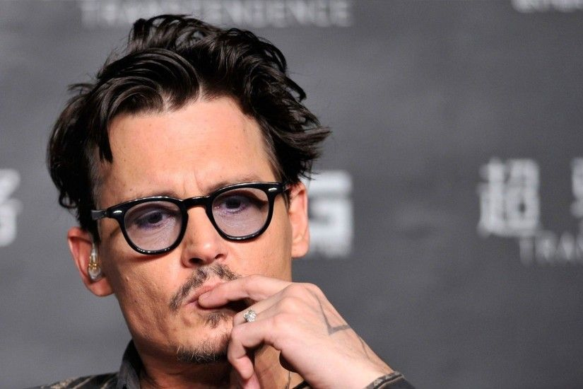 1104 Views 348 Download Johnny Depp Hollywood Film Hero Photo Background