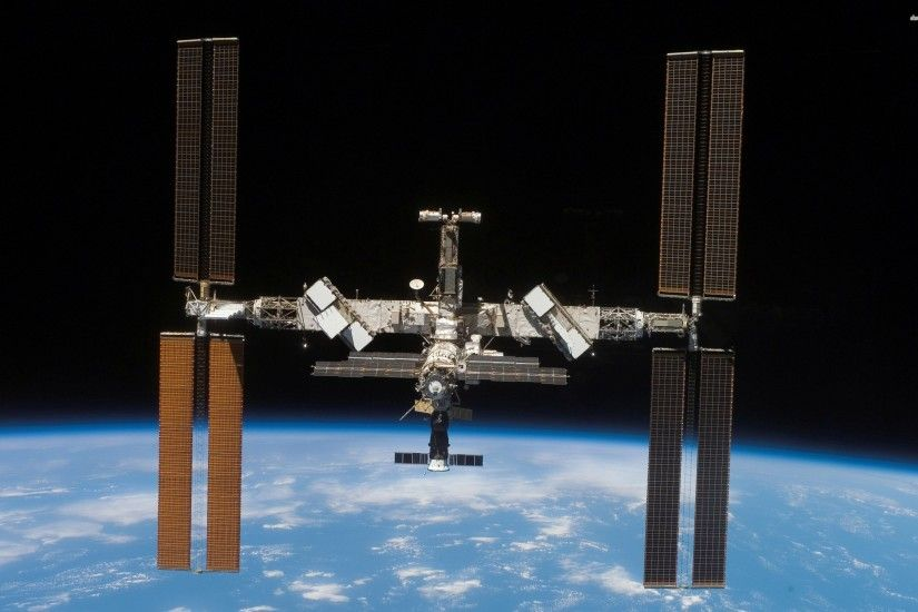 International Space Station 789424
