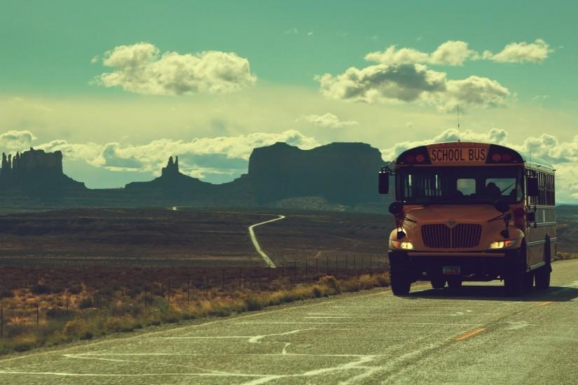 Vintage School Bus Mountains Roads Wallpaper - http://www.gbwallpapers.com