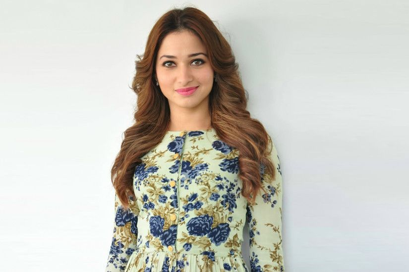 Tamanna Bhatia Floral Shirt Full HD Wallpaper