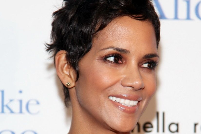 Halle Berry launches new lingerie line