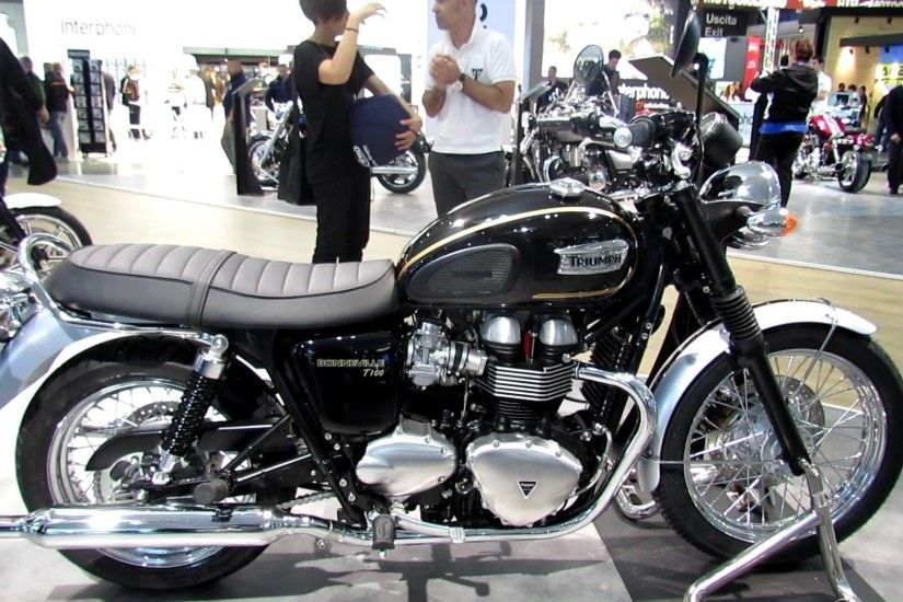 2014 Triumph Bonneville T100 Walkaround - 2013 EICMA Milano Motorcycle  Exhibition - YouTube