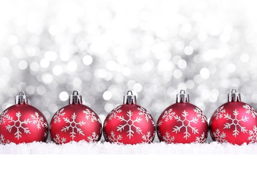 Red Christmas balls on Christmas, silver background