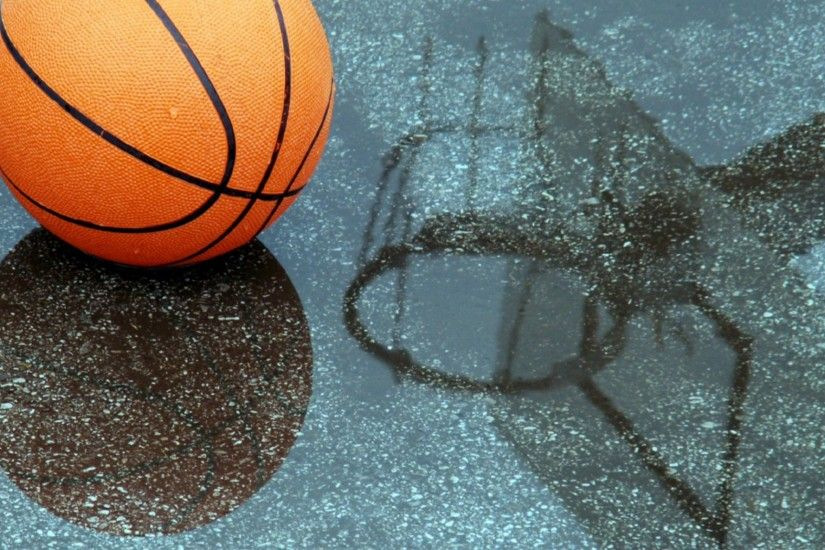 Preview wallpaper basketball, pool, reflection 2048x1152