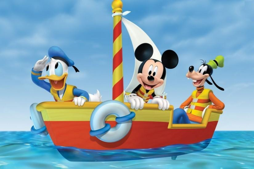 Mickey Mouse On Boat Wallpaper