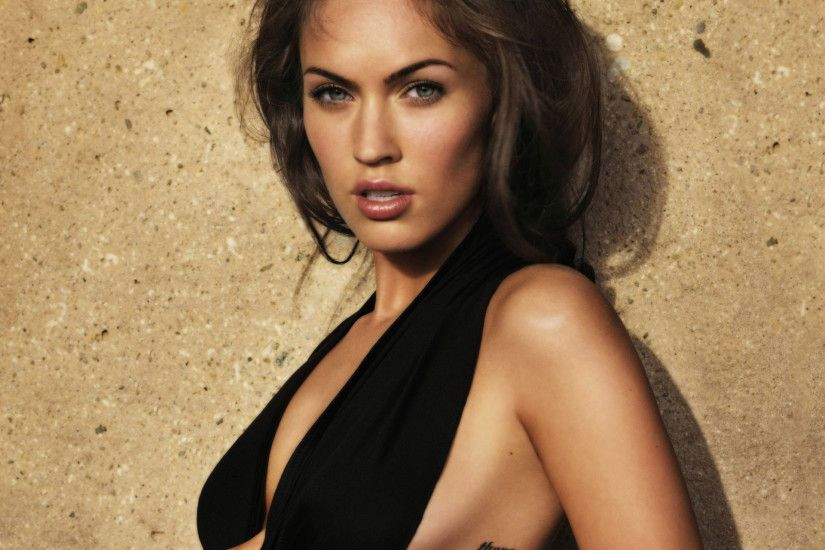 1920x14081024x10241280x1280800x800 · Celebrity Megan Fox wallpaper