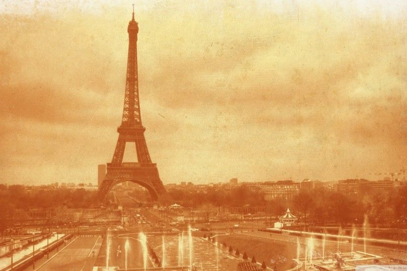 Eiffel Tower, sepia photo