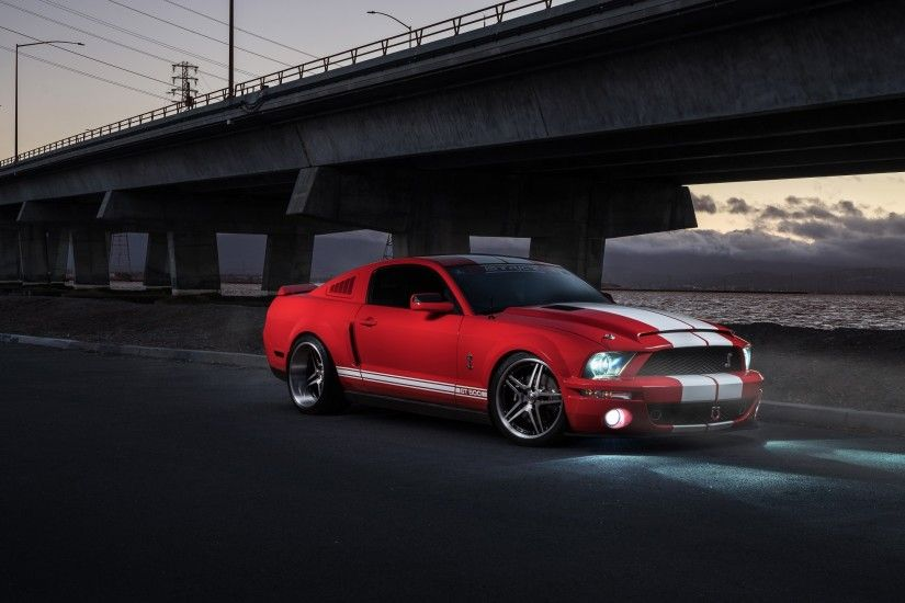 Automotive / Shelby GT500 Wallpaper
