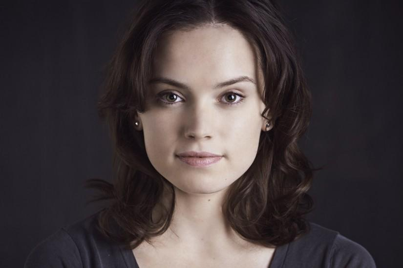 Daisy Ridley HD Wallpapers for desktop download