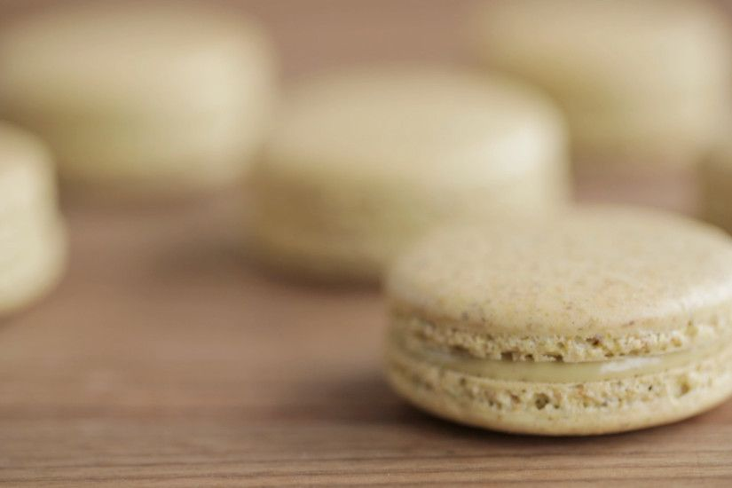 Video: How to Make Amazing Pistachio Macarons