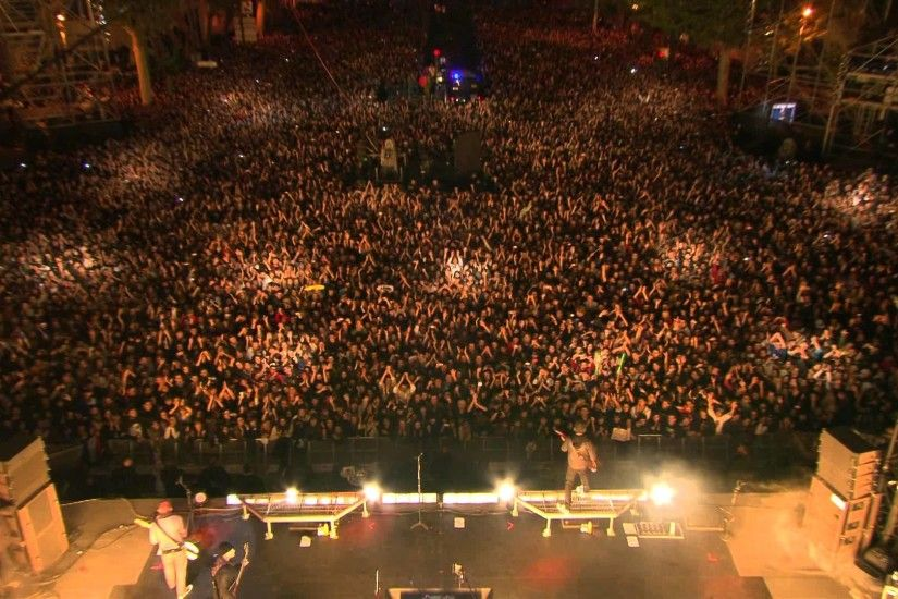 Linkin Park - Live Puerta de Alcalá 2010 [Full TV concert proshot] (Madrid,  Spain HD 1080p) - YouTube