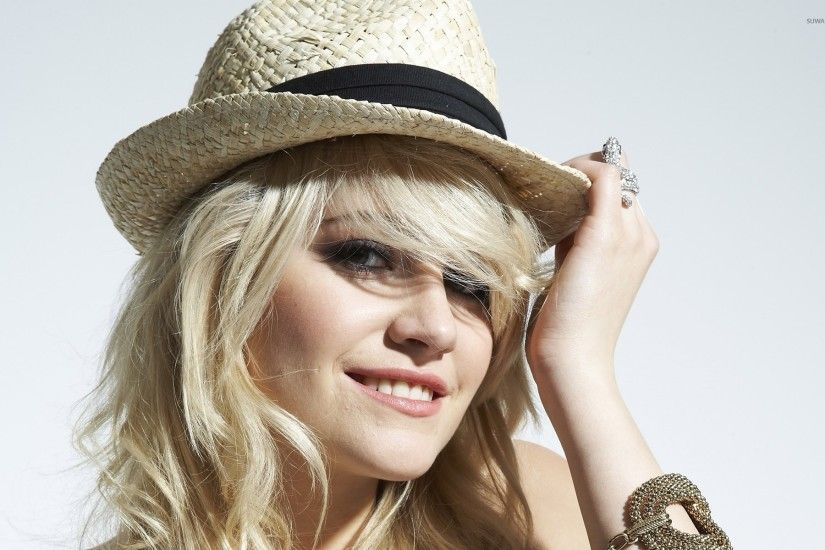 Pixie Lott [24] wallpaper