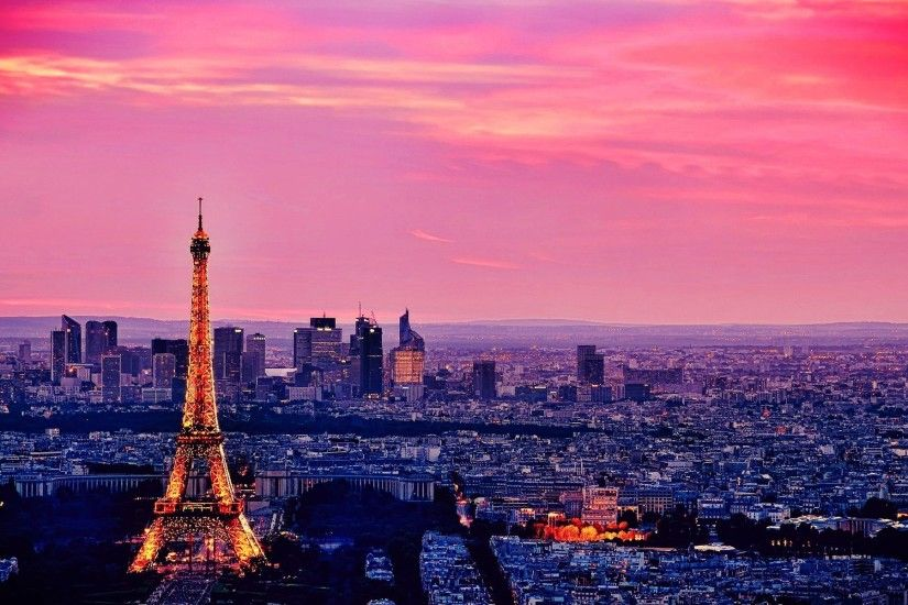 Eiffel Tower City Wallpaper