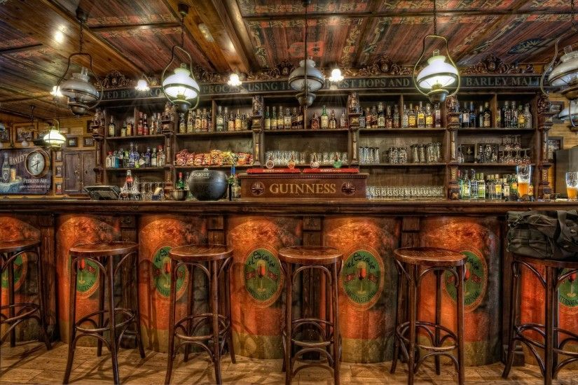 Old Pub Wallpaper 2000x1328