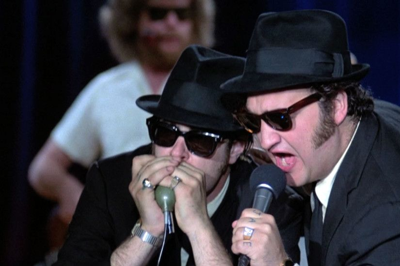 The Blues Brothers Official Clip - Chased by the Cops - 1980 | Fandango  MOVIECLIPS