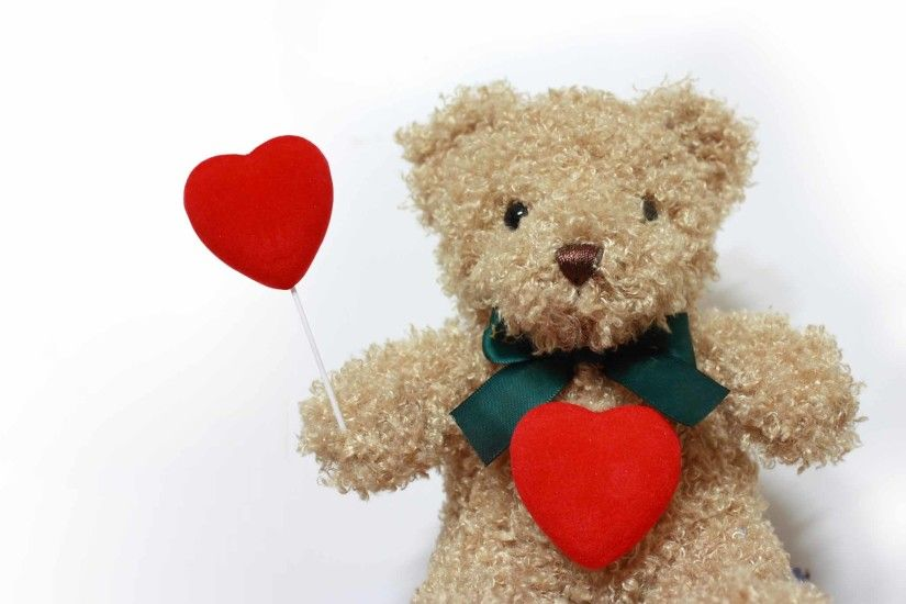 Teddy bear with Heart love wallpaper