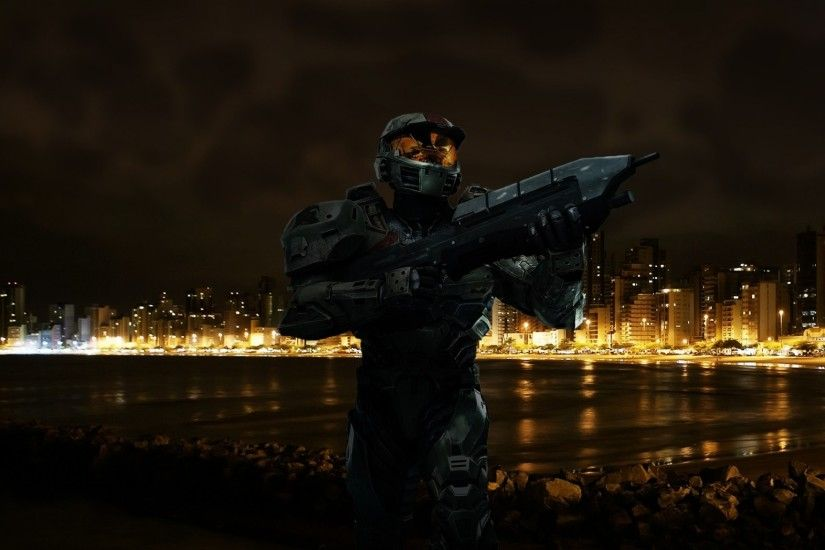 Preview wallpaper halo, beach, city, night 2048x1152