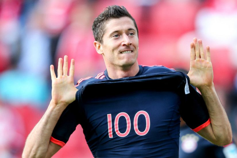 Lewandowski is a machine - Hummels